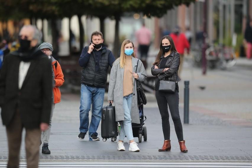 • osoby, która nie może zakrywać ust lub nosa z powodu:...