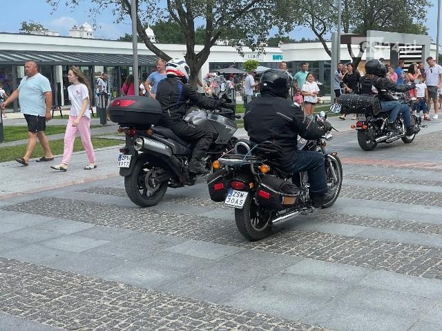 Rajd motocykli z Sułomina do Międzyzdrojów w ramach Pikniku w Sułominie 2021