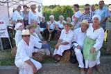 Skała. Na powiatowym święcie plonów nagradzali rolników, częstowali chlebem i młócili cepami [NOWE ZDJĘCIA]