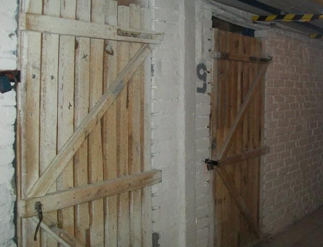 Piwnica w blokuPiwnica w bloku może pełnić kilka funkcji. Warto ją wykorzystać, szczególnie gdy mamy małe mieszkanie.
