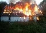 Potężny pożar w Pomiłowie. Wybuch butli gazowych. Zidentyfikowano zwłoki znalezione na pogorzelisku. ZDJĘCIA, WIDEO - aktualizacja