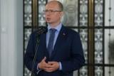 Komisja ds. pedofilii: Chronimy ofiary bez względu na strój sprawcy