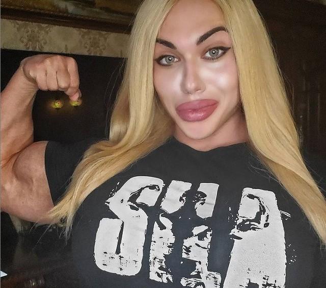 Natalia Kuzniecowa to prawdopodobnie najsilniejsza kobieta świata, a mięśni mógłby jej pozazdrościć niejeden mężczyzna. Zobacz zdjęcia!