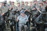 Generał Jan Podhorski ma sto lat - imprezę urodzinową wyprawili mu żołnierze Obrony Terytorialnej i CSWL