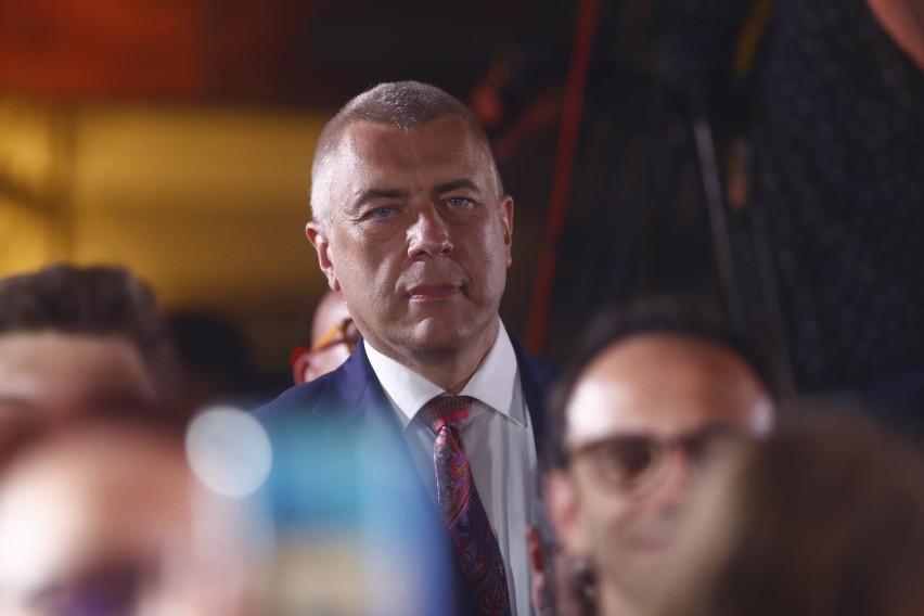 Roman Giertych domaga się 500 tys. zł od telewizji TVP za...