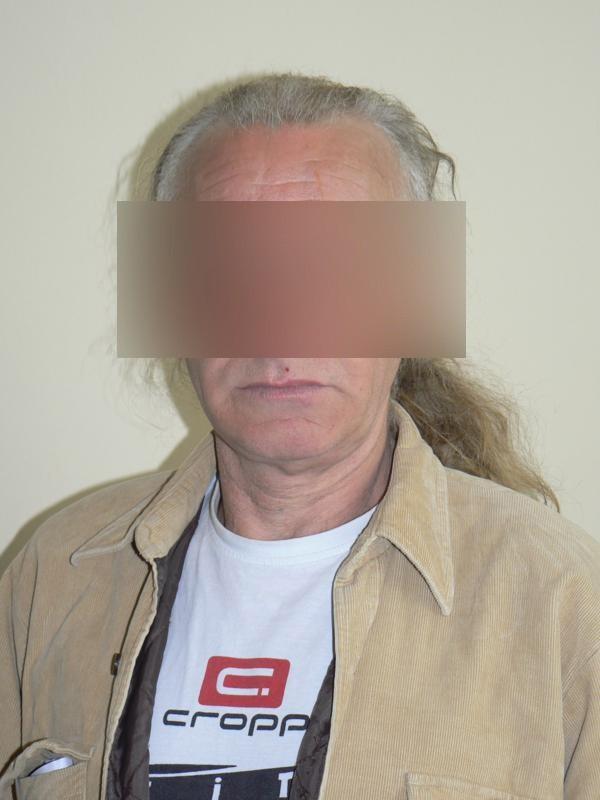 Plakaty z wizerunkiem Mieczysława K. wywieszono, aby do prokuratury zgłosiły się pokrzywdzone przez niego kobiety