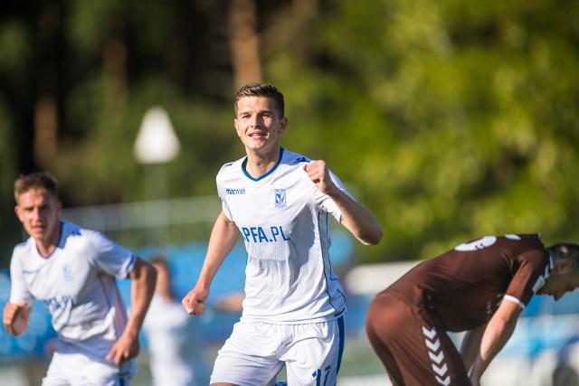 Filip Szymczak w meczu z Garbarnią strzelił gola i dał się sfaulować w polu karnym.