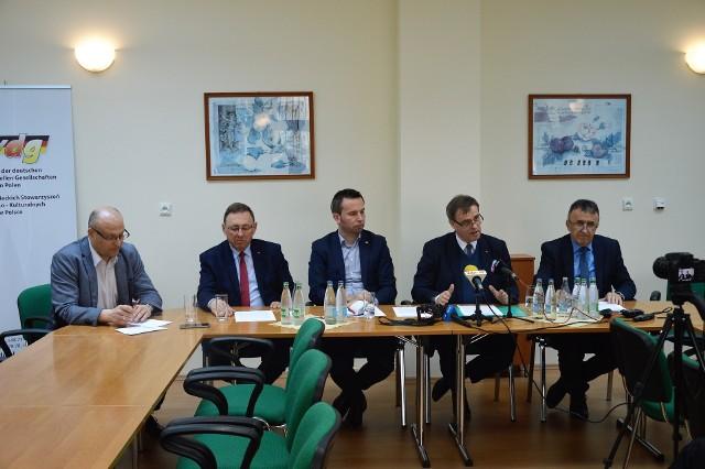 Konferencja prasowa odbyła się dzisiaj w siedzibie VdG.