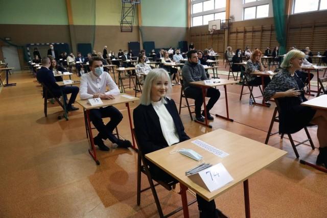Egzaminy maturalne 2022 potrwają do 23 maja