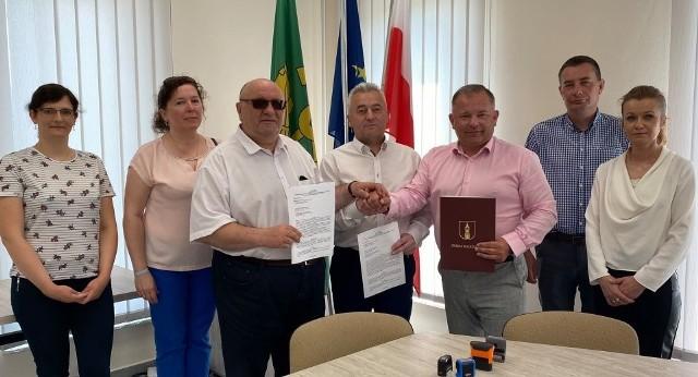 Włodarze Fałkowa, Rudy Malenieckiej oraz Radoszyc będą wspólnie walczyć o unijne dofinansowania.