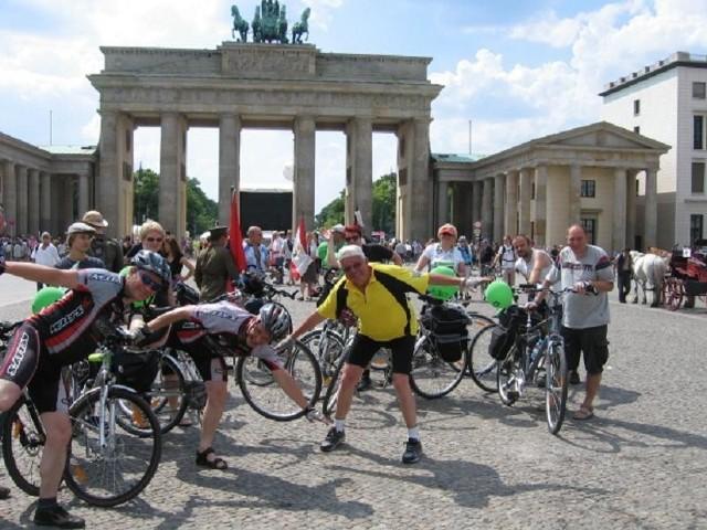 Berlin, 18 czerwca 2011. Bogusław Rusiewicz na największym rowerowym zlocie świata