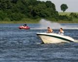 Jezioro Niepruszewskie: Motorówki kontra... wszyscy inni
