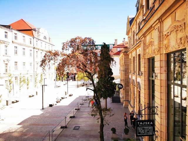 Ulica Dworcowa w KatowicachZobacz kolejne zdjęcia. Przesuwaj zdjęcia w prawo - naciśnij strzałkę lub przycisk NASTĘPNE