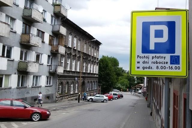 Strefę płatnego parkowania w Bielsku-Białej wyznaczają specjalne tablice