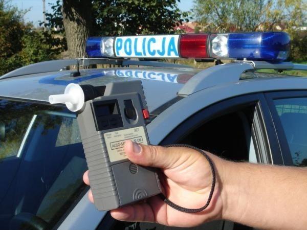 W weekend policjanci na drogach w powiecie bytowskim zatrzymali kilku nietrzeźwych kierowców.