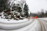 Uwaga kierowcy! Śnieg na drodze ze Szklarskiej Poręby do Świeradowa-Zdrój