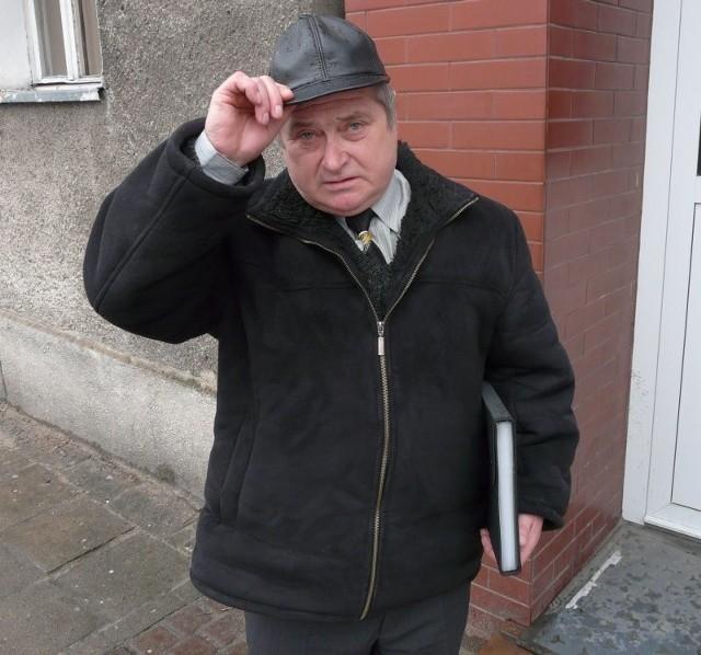 Antoni Szylewski z Marianowa zdaje sobie sprawę, że deklaracja złożona przez telefon lub ustnie w banku, jest wiążąca. Uważa jednak, że został potraktowany niewłaściwie.