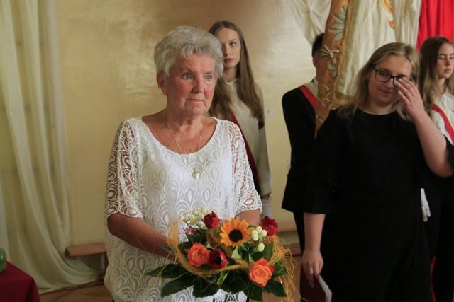 Zakończenie roku szkolnego w XXV LO w Łodzi. Dyrektor Alicja Wojciechowska odeszła na emeryturę