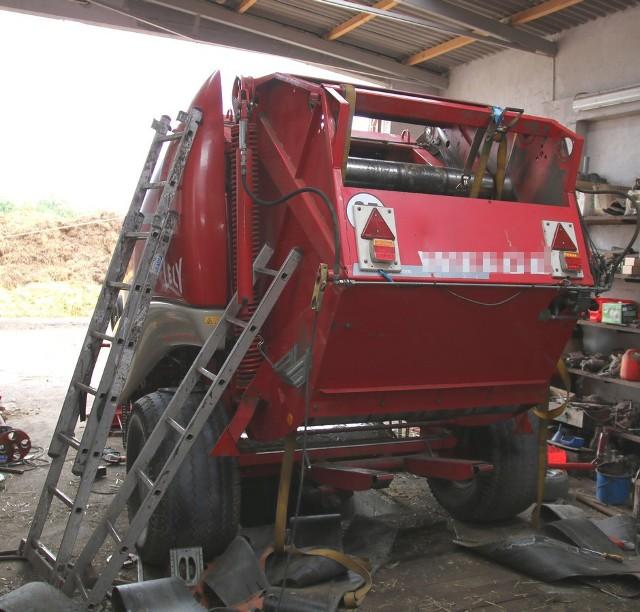 Policjanci apelują do rolników o zachowanie szczególnej ostrożności podczas prac polowych.