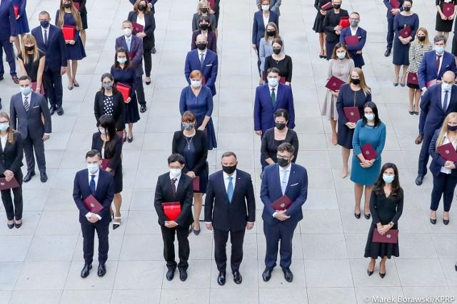 Uroczystość wręczenia nominacji sędziowskich odbyła się w Pałacu Prezydenckich i jego ogrodach 6 września 2021 roku