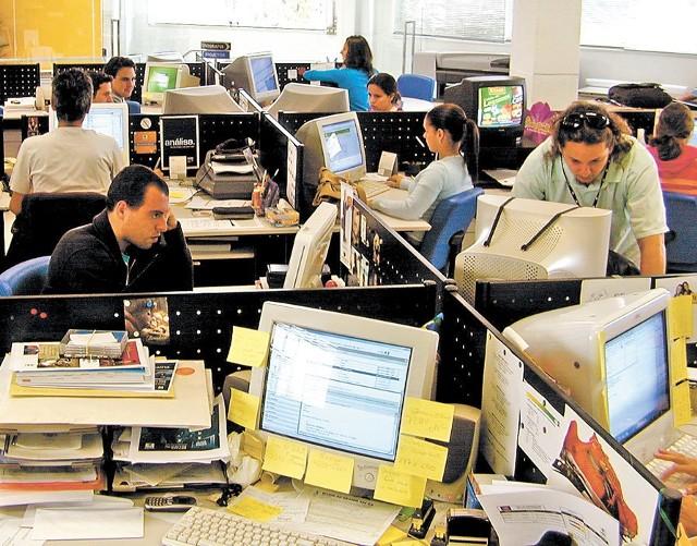 O tym, jaką odprawę dostanie pracownik, decyduje jego tzw. zakładowy staż pracy, czyli to, jak długo pracował w zwalniającej go firmie.