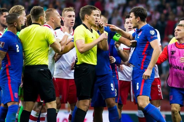 Zamieszanie w przerwie meczu Polska - Anglia