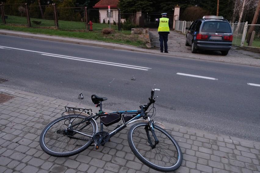 Do wypadku doszło w piątek na ul. Armii Krajowej w...