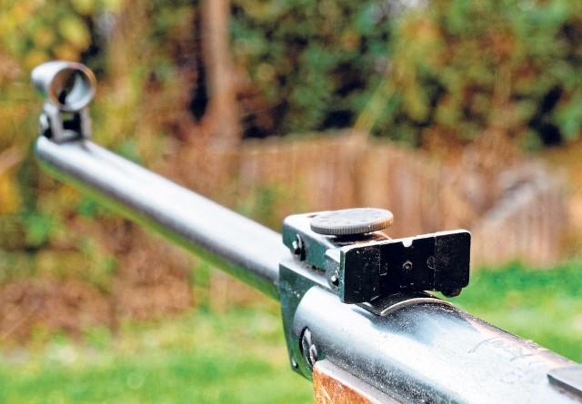 Nadzór budowlany uznał, że przyszkolną strzelnicę wykonano nielegalnie