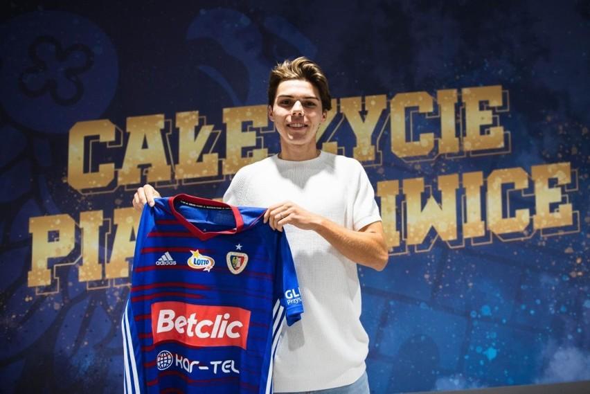 Javier Ajenjo Hyjek podpisał z Piastem Gliwice trzyletni...
