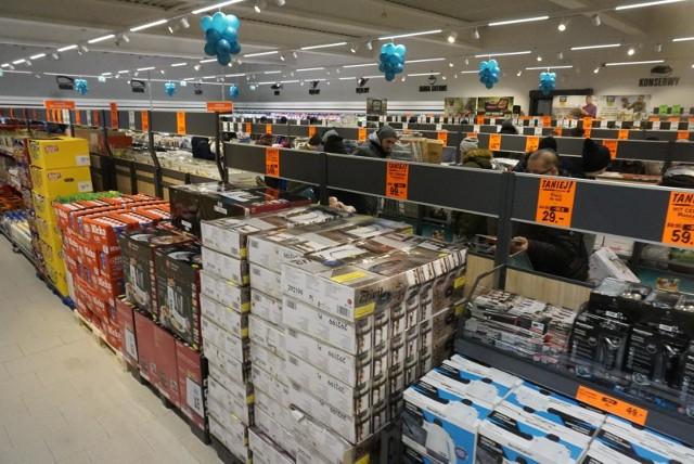Jak otwarte sklepy w Wielkanoc 2019? Godziny otwarcia sklepów [BIEDRONKA, LIDL, AUCHAN, ŻABKA, TESCO]