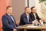 Jacek Fior nie jest już szefem rady miejskiej w Namysłowie. Został odwołany. Jego zastępcy sami zrezygnowali