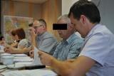 Kolejne zarzuty w szkole im. Andrzeja Wajdy w Rudnikach. Teraz usłyszał je przewodniczący rady gminy