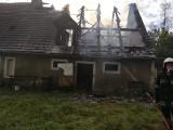 Pożar domu jednorodzinnego w Wymiarkach (pow. żagański). Na szczęście nikt nie ucierpiał, jednak dom został doszczętnie spalony