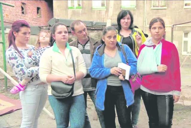 Lokatorzy kamienicy przy ul. Mickiewicza 108 mają dość rodziny P., która awanturuje się i nie płaci czynszu