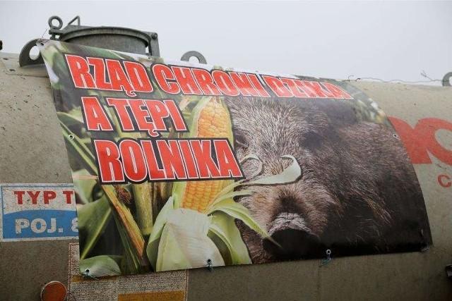 Rolnicy już niemal tydzień blokują DK 19 koło Zabłudowa