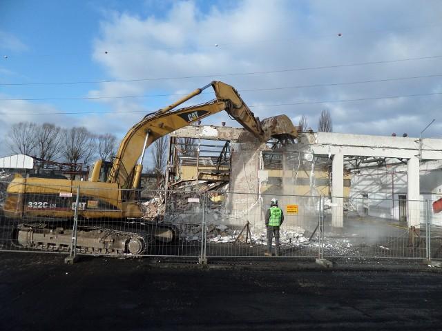 Trwa przebudowa zajezdni MZK przy ul. Chemicznej w Zielonej Górze. Inwestycja ma się zakończyć do połowy października.
