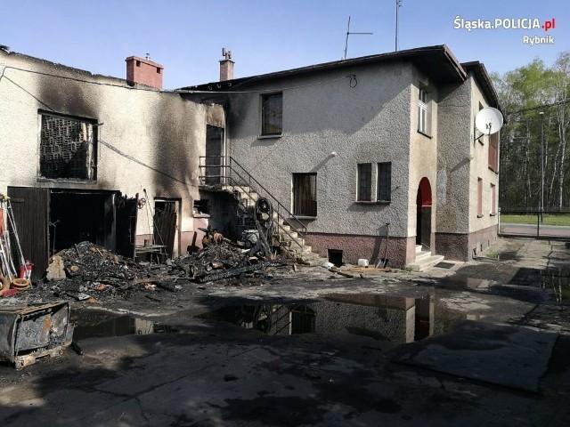 Pożar domu na Żorskiej w Rybniku. Policjanci ewakuowali domowników i sąsiadów