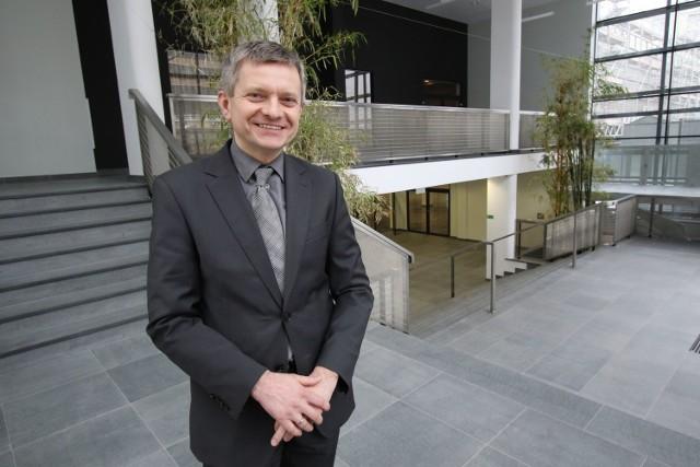 Piotr Dwurnik, dyrektor Best Western Grand Hotel w Kielcach pokazał hotel po rozbudowie.