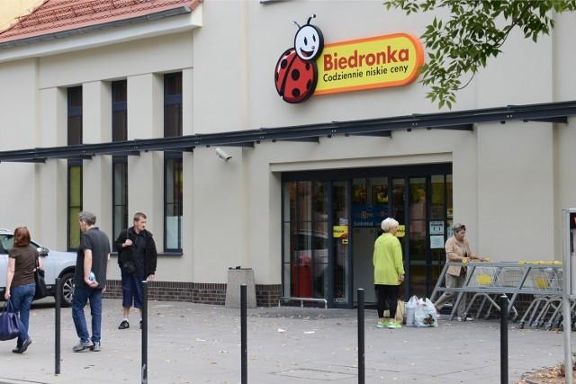 13.09.2014 poznan pm sklep biedronka polna marcelinska. glos wielkopolski. fot. pawel miecznik/polskapresse