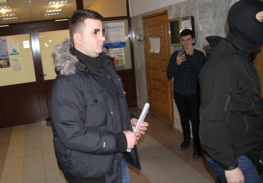 Bartłomiej M. jeszcze w czwartek opuścił areszt śledczy i wrócił do domu po pięciu miesiącach. Poręczenie majątkowe wpłaciła rodzina