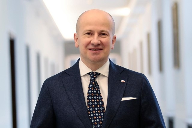 Sejm, w którym większość ma Zjednoczona Prawica, poparł kandydaturę Bartłomieja Wróblewskiego na nowego Rzecznika Praw Obywatelskich. Ale to jeszcze nie oznacza wyboru poznaniaka na to stanowisko.