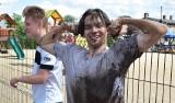 Festyn charytatywny i turniej piłki nożnej błotnej w Kręcku. Udało się zebrać ponad 23 tysiące złotych dla małej Mai Tomczak ze Zbąszynia