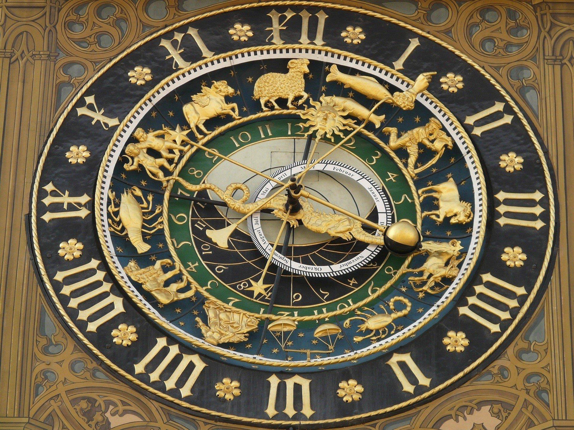 зодиакальные часы в крыму фото этом ключе предлагаем