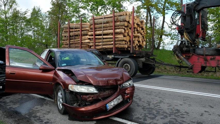 Wypadek koło Jeziorek w czwartek, 20.05.2021 r.! 1 osoba...