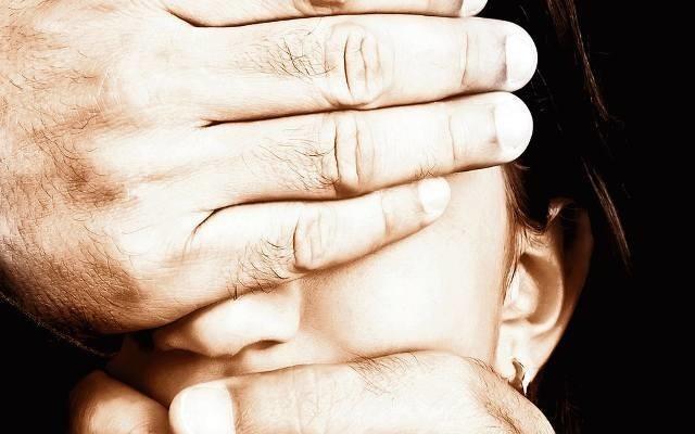 Marek M. odurzał dzieci lekami, krępował je, zaklejał taśmą oczy i gwałcił. Do końca życia ma być izolowany od społeczeństwa