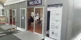 Namioty dla petentów stanęły przed urzędami we Wrocławiu. Jak załatwić sprawę bez czekania w kolejce?