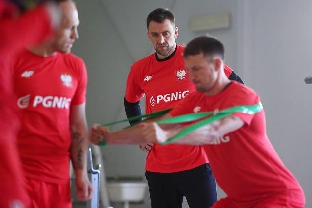 Pod okiem pochodzącego z Opola Piotra Przybeckiego trenował m.in. rozgrywający Gwardii Antoni Łangowski.