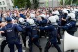 Białystok. Wyroki więzienia w zawieszeniu i nawiązki za pobicie dwóch nastolatków podczas ubiegłorocznego marszu równości (zdjęcia)
