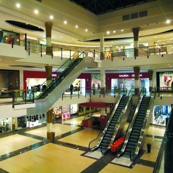 Trzy pietra sklepów, restauracji, kawiarni, do tego siedmiosalowe kino. Tak wygląda największa galeria handlowa w regionie.