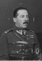Jan Kowalewski - wojna w eterze